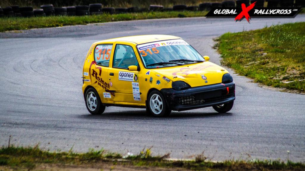 Roksana Noniewicz Fiat Seicento | Globalrallycross.com